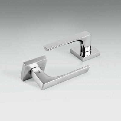 Дверная ручка Colombo ROBOCINQUE ID61R хром матовый