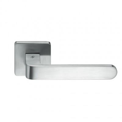 Дверная ручка Colombo FEDRA AC11R хром матовый